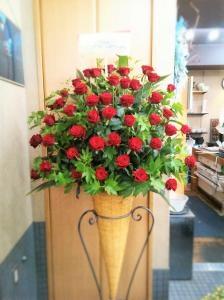 赤バラのスタンド花… 「永井生花」 (京都府向日市の花屋)のブログ